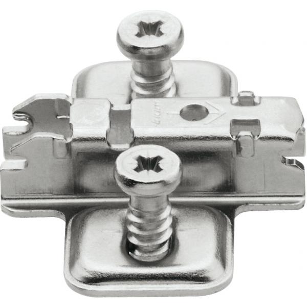 CLIP опорная планка, крестообразная, 3 мм, сталь, предварительно вмонтированы евровинты, РВ: продольное отверстие